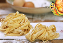 Fresh pasta and traditional products for your own restaurant bread and bakery business, Stuzzicando offers machinery, technical support, original italian bread, ice cream, pasta, pastry and homemade food recipes plus international logistic and customer services Made in Italy